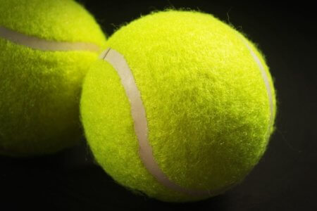 STRETCHING E MASSAGGIO CON PALLINA DA TENNIS